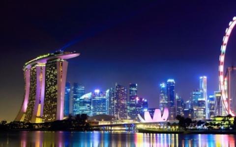 新加坡的经济增长预期提高至0.7%