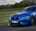 赛车传奇人物对Jaguar XE SV Project 8进行评分