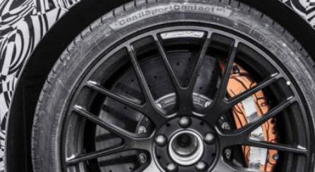 梅赛德斯AMG挑逗新的快速车型