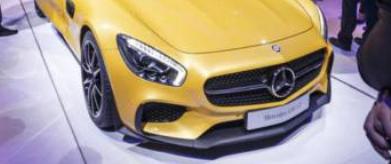 梅赛德斯奔驰在巴黎车展上正式推出了AMGGT