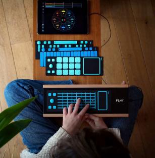 JouéPlay是一种便宜简单且可自定义的MIDI控制器